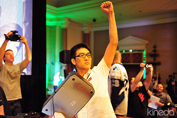 EVO2K EVO 2010 fighting game championships super street fighter 4 taiwanese gamerbee adon justin wong